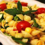 Makarna Salatası Tarifi - Evdeki Lezzet
