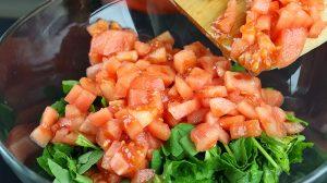 Narlı Domatesli Roka Salatası Tarifi - Evdeki Lezzet